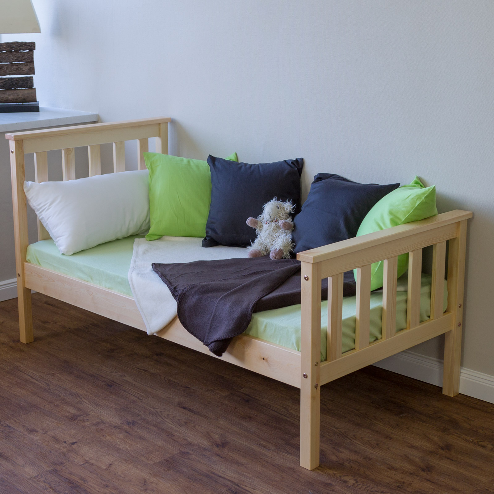 lit en bois bebe enfant 70x140 naturel jeunesse massif pin cadre sommier lattes ebay. Black Bedroom Furniture Sets. Home Design Ideas